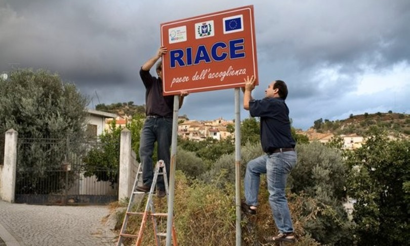 Scoppia 'caso Lucano' è scontro Lega-centrosinistra