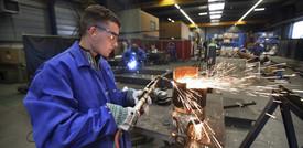 Frena la crescita del manifatturiero nell'Eurozona, pesa la mancanza di forniture