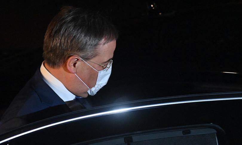 germania governo trattative laschet scholz