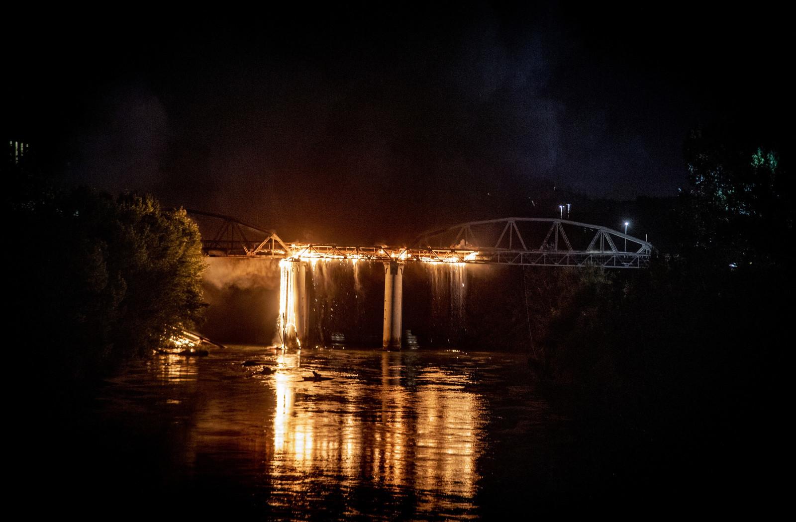 Il rogo sul ponte Ostiense