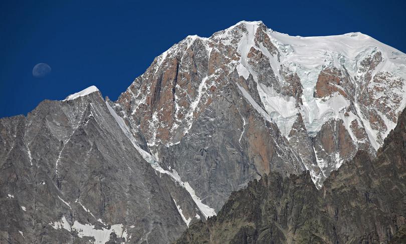 salvi salvo tre alpinisti bloccati Monte Bianco