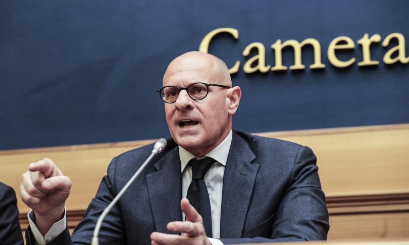 Forza Nuova Rampelli Fratelli di Italia votera mozione scioglimento