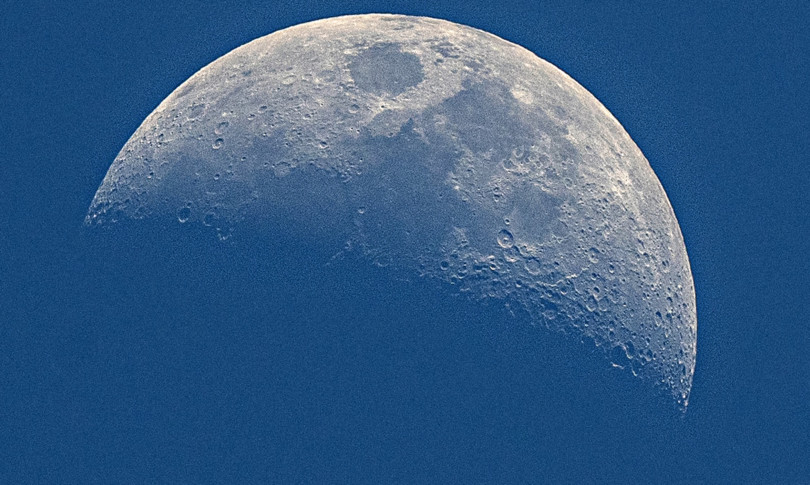 Australia will build a spacecraft for NASA's 2026 moon mission