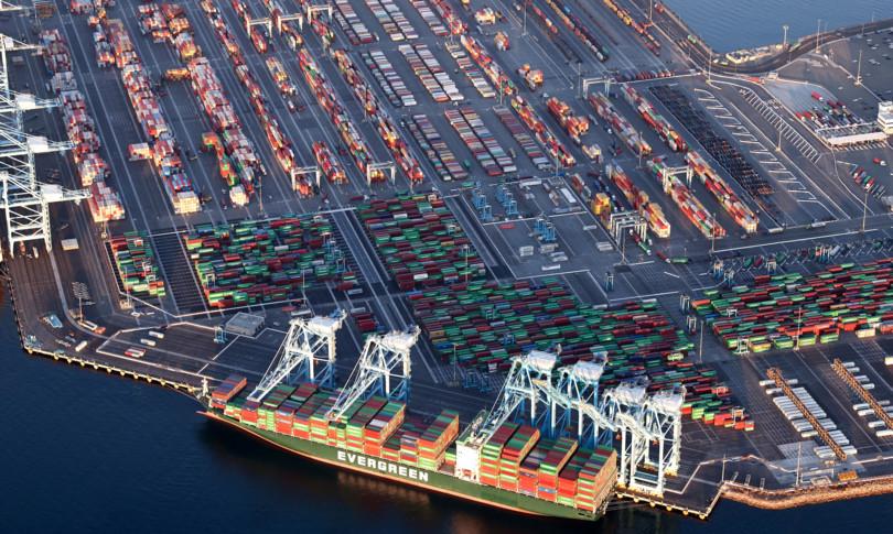 porti contro carenza forniture usa si intensifica traffico