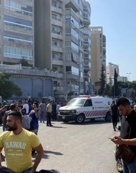 Spari sulla folla a Beirut, morti e feriti