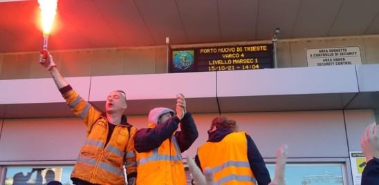 Presidio dei portuali a Trieste, le forze dell'ordine sono pronte allo sgombero