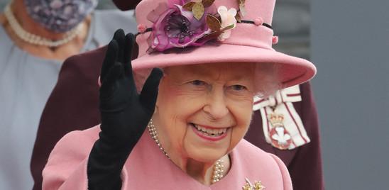 """La regina Elisabetta ha rifiutato il premio 'anziana dell'anno'. """"Non mi sento vecchia"""""""