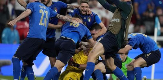 L'Italia sale al quarto posto nel ranking Fifa, superata l'Inghilterra